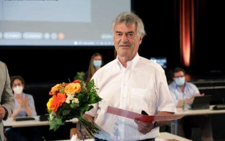 Präsidenten Gerhard Kaufmann erhält den Sportehrenbrief
